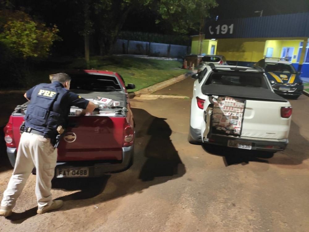 PRF apreende dois veículos com cigarros contrabandeados