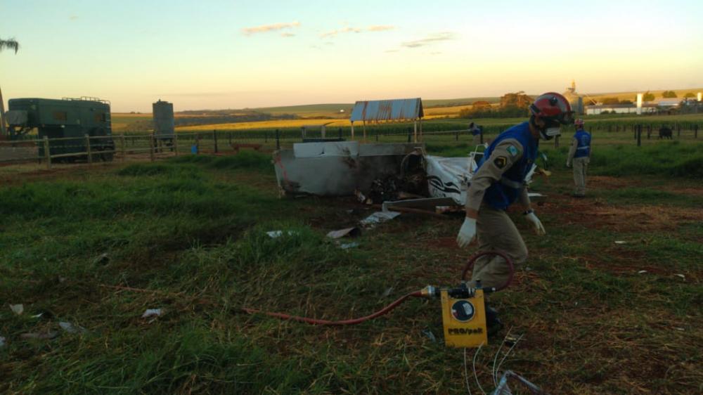 Veja mais fotos do local do acidente aéreo em Toledo