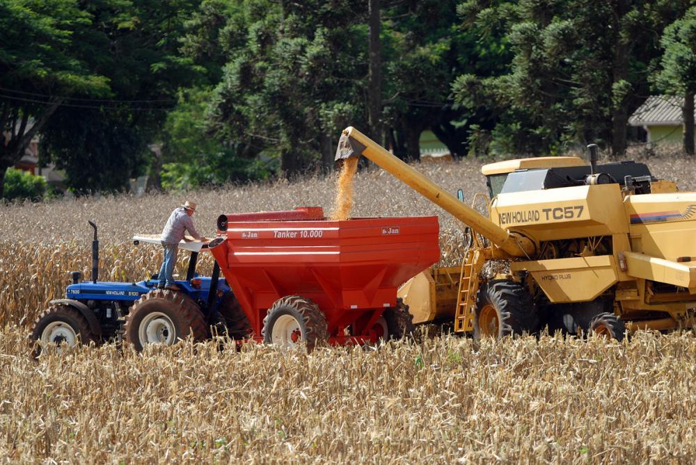 Vendas de máquinas agrícolas devem crescer 2,9% em 2020