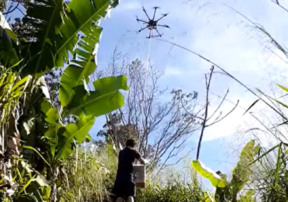 Contrabandistas usam drone para passar mercadorias do Paraguai para o Brasil
