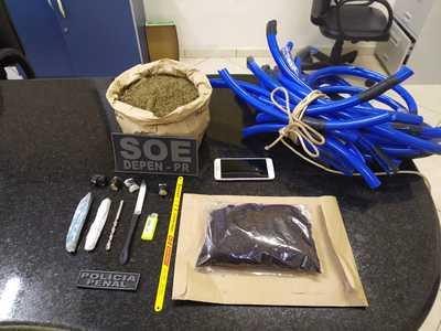 Cinco pessoas são detidas após tentarem arremessar corda, maconha e celular para presos de Foz