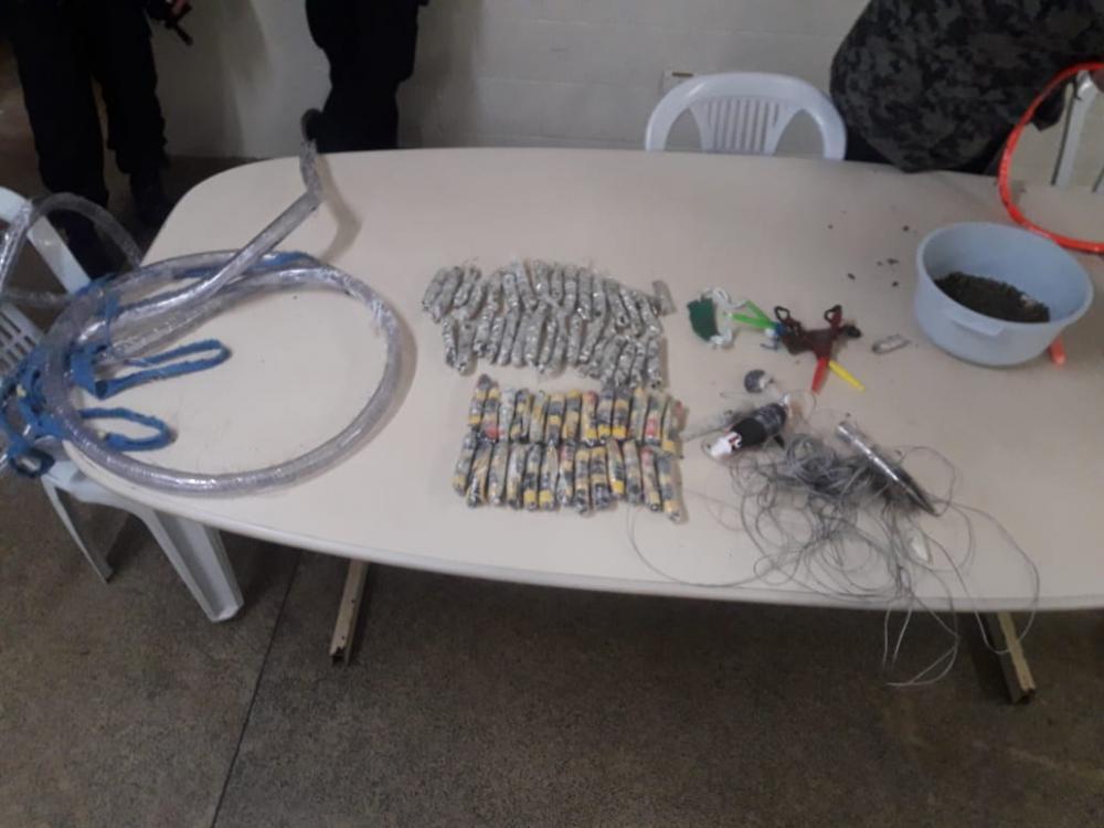 Agentes de Foz do Iguaçu interceptam mais materiais que chegaria a presos