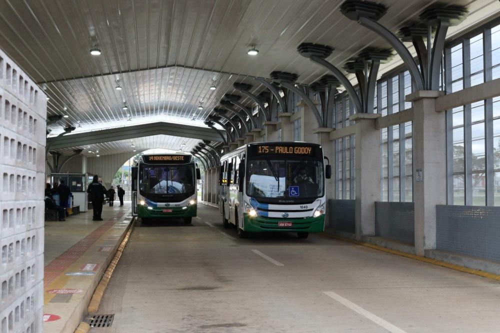 Transporte coletivo passa a circular das 5 horas às 21 horas a partir desta quarta-feira (15)