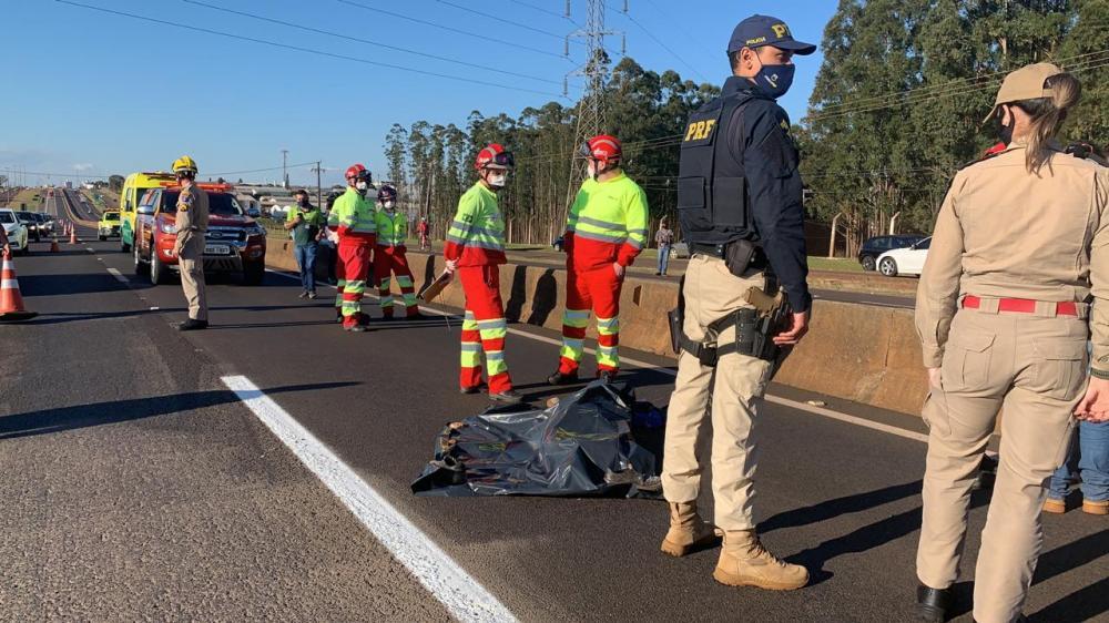 Ciclista morreu na hora, condutor do veículo fugiu