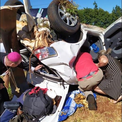 Homem fica gravemente ferido em acidente na BR-277